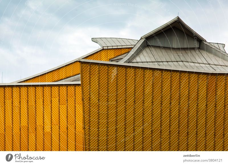 Das Dach der Berliner Philharmonie architektur außen avant garde bauhaus berlin berliner philharmonie fassade hans scharoun konzert konzerthalle konzerthaus