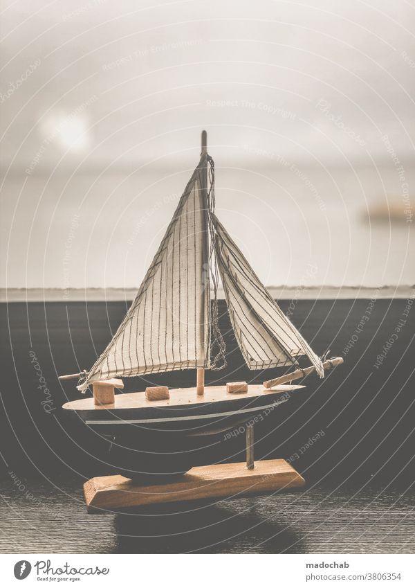 Leben in Gedanken Traum Tagtraum Sehnsucht Boot Schiff Segelschiff Ferne Schifffahrt Segeln maritim Segelboot Freiheit Ferien & Urlaub & Reisen Bootsfahrt