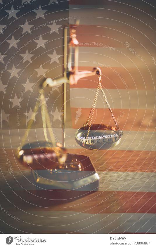 USA -  Recht und Unrecht Ungerechtigkeit Amerika Lügen Gerechtigkeit Justiz Gesetze und Verordnungen Justiz u. Gerichte Freiheit Waage Betrug Flagge