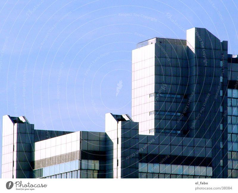 stadthaus Himmel blau grau Architektur Hochhaus Stadthaus Bonn