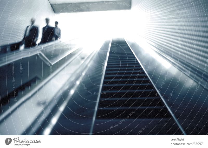 escalator Mensch Stadt dunkel Bewegung hell Verkehr Eisenbahn USA U-Bahn Amerika London Underground Rolltreppe Unterführung San Francisco