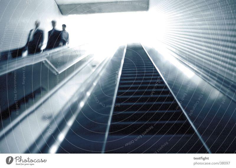 escalator Rolltreppe Eisenbahn U-Bahn London Underground Mensch dunkel San Francisco Amerika Licht Stadt Verkehr Unterführung Bewegung moving train hell USA