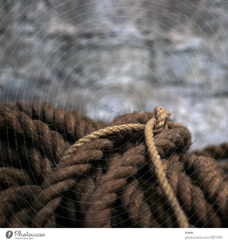 Seilschaft Kirche Mauer Wand hanfseil alt historisch Partnerschaft elegant Endzeitstimmung Entschlossenheit Ewigkeit Genauigkeit kompetent komplex Kraft Macht