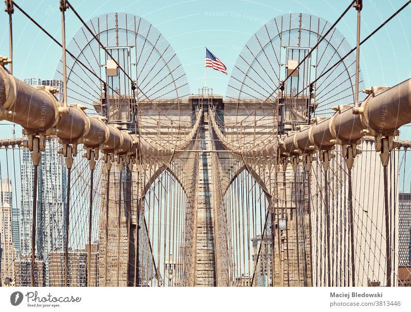 Nahaufnahme der Brooklyn Bridge, New York City, USA. Großstadt neu Brücke New York State Wahrzeichen Architektur Himmel abschließen urban amerika Ansicht Tag
