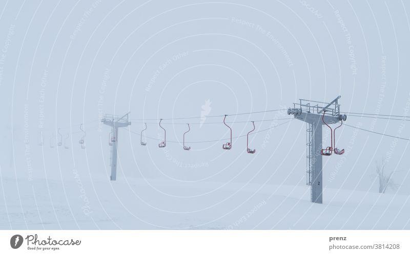 Winterurlaub sessellift Wintersport Urlaub Urlaubsstimmung Schnee Winterferien oberwiesenthal Berge u. Gebirge Berghang