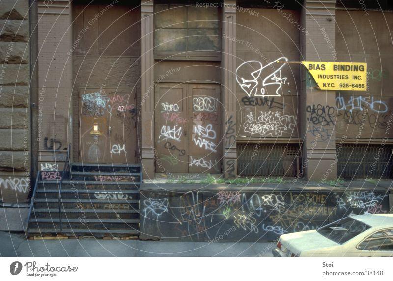 Graffitti in Soho NY Straße Wand Architektur USA Bürgersteig New York City Elendsviertel Soho