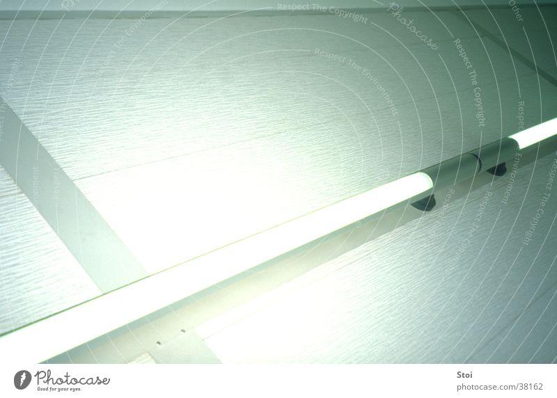 White Neon weiß kalt Wand hell Architektur Neonlicht