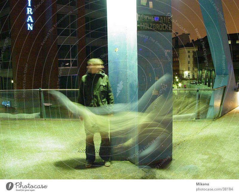 Break Through Licht Nacht Langzeitbelichtung Straße Hamburg Ost-West Strasse Nightlight