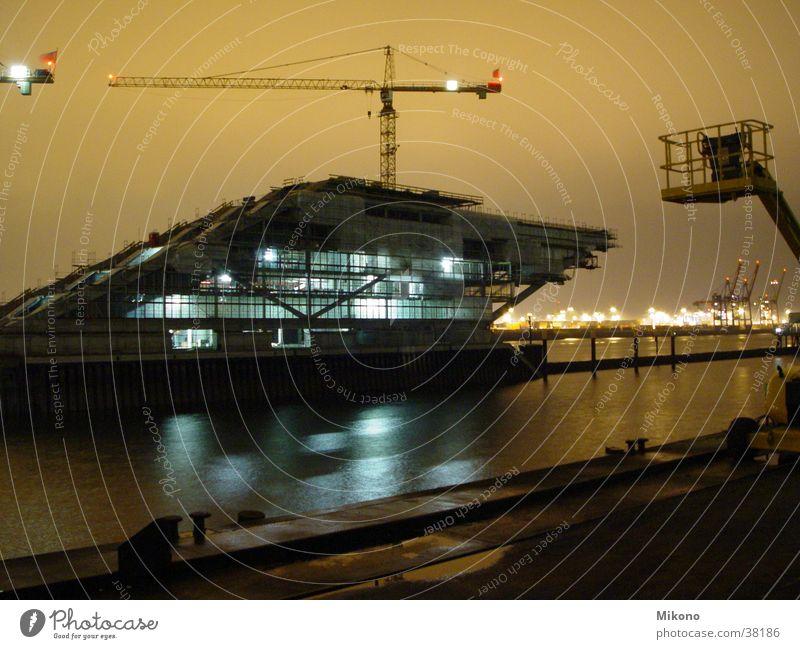 Spaceship under constructionH Nacht Langzeitbelichtung Elektrisches Gerät Technik & Technologie Hafen Hamburg Elbe