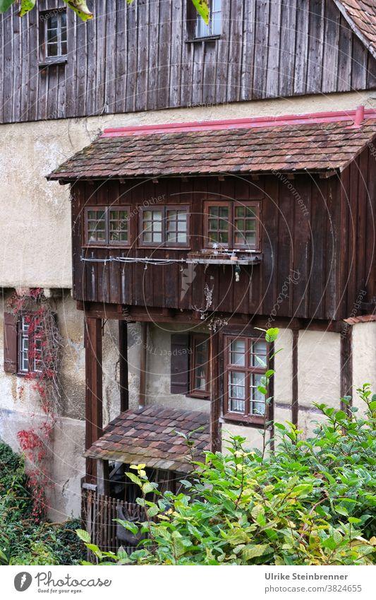 Mittelalterliches, renoviertes Haus mit Anbau für die Toilette Gebäude Vorbau WC Altbau historisch Geschichte Bußturm Horb am Neckar Restaurierung Denkmalschutz