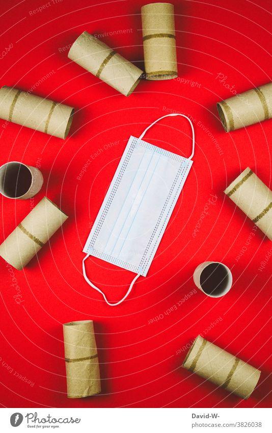 Corona -Toilettenpapier und Atemschutzmaske alle leer hamsterkäufe Pandemie Coronavirus Mundschutz klopapier