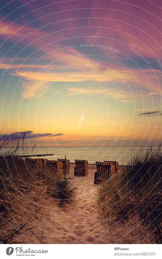 abends am strand Strand Stranddüne Strandkorb Ostsee ostseeküste Sand Ferien & Urlaub & Reisen Meer Erholung Himmel Tourismus Landschaft Sommer Küste Idylle