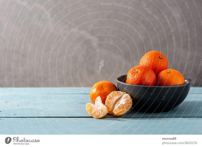 Frische Mandarinen asiatisch blau Chinesisch Zitrusfrüchte Clementine Lebensmittel frisch Frucht Gesundheit vereinzelt Saft Makro natürlich Natur Neujahr orange
