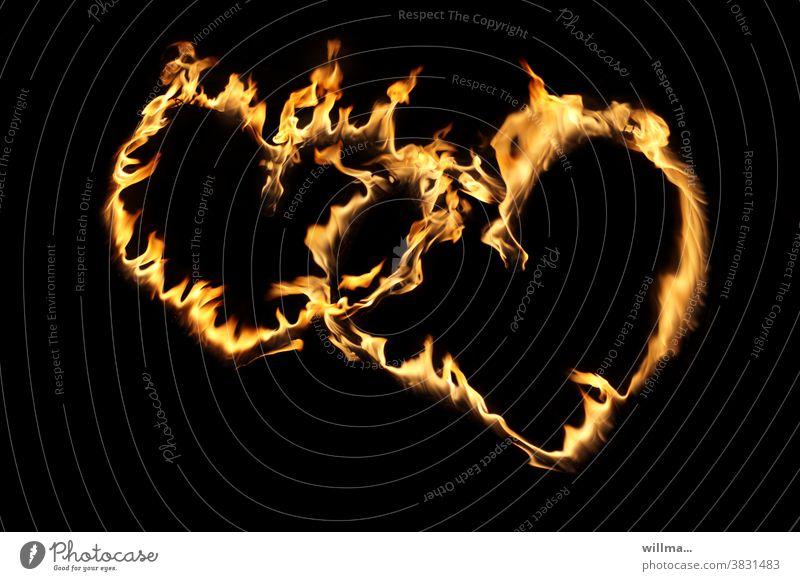 Herzlichen ... 2 Flammen Zwei Herzen Feuer herzlich Liebe Freundschaft Glück Glückwunsch Valentinstag Geburtstag Hochzeit Romantik Verliebtheit