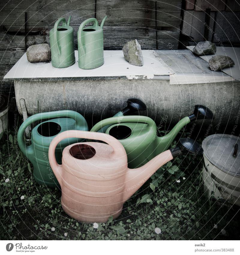 Gießkannenprinzip stehen warten Kunststoff Waschzuber Kannen