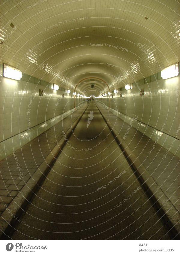 tunnel Hamburg Verkehr Tunnel historisch Neonlicht Elbe Sankt Pauli-Elbtunnel