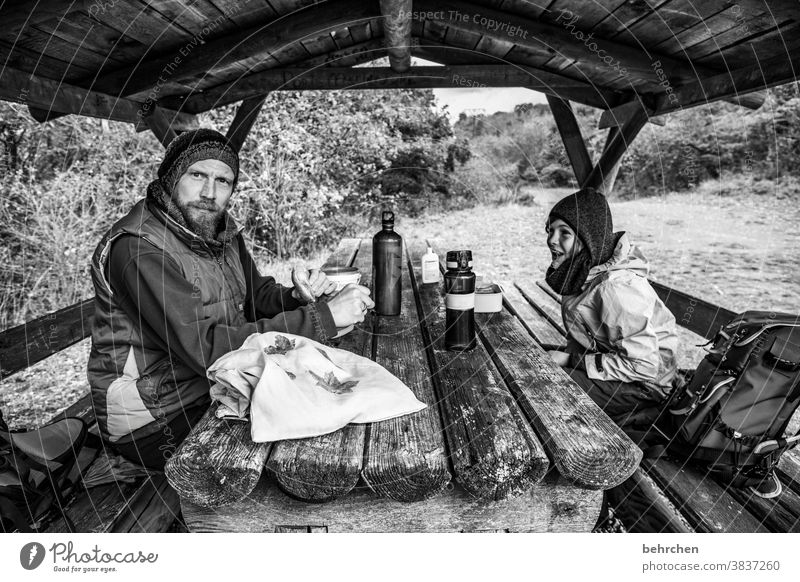 have a break Ausflug Zufriedenheit gemeinsam Zusammensein Vater Herbst Jahreszeiten Abenteuer Sohn Kindheit Wanderer Hunsrück Moseltal Mosel (Weinbaugebiet)