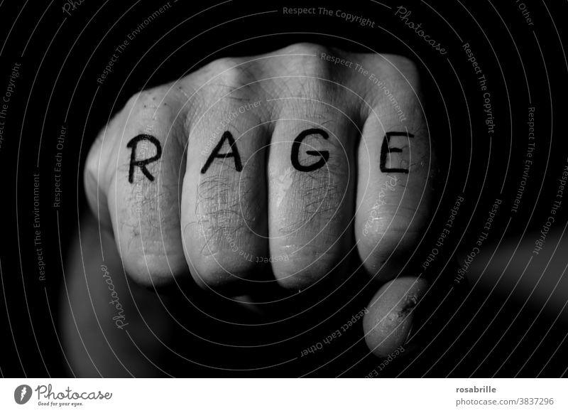 Gewalt | ungesund Faust schlagen drohen Rache rohe Gewalt Streit Schlägerei Streiterei Wut Hass Angriff Bedrohung Hand zur Faust geballt Gewalttat verletzten