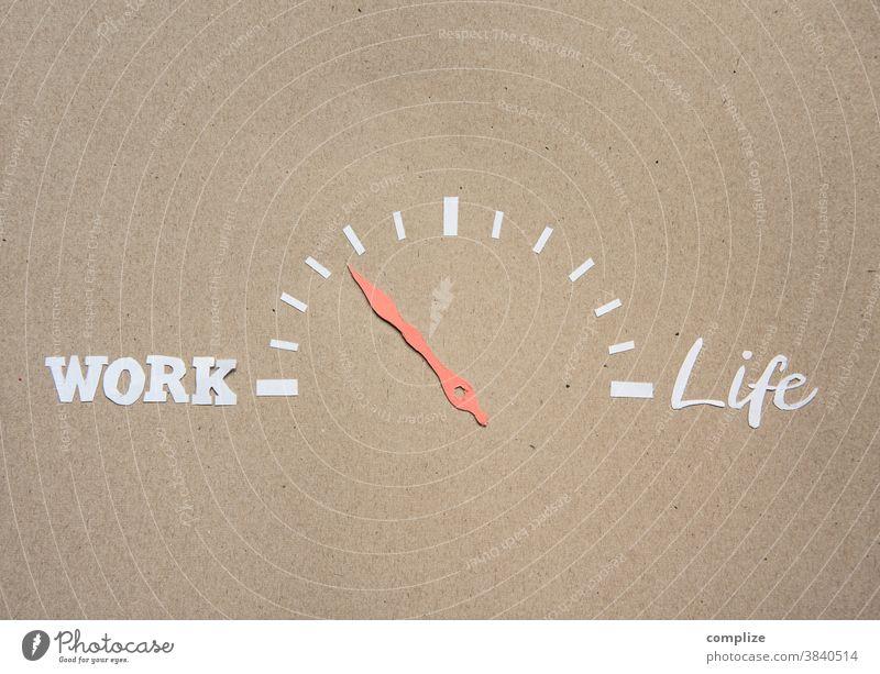 Work / Life - Balance Textfreiraum unten Textfreiraum oben Detailaufnahme Innenaufnahme Gleichgewicht Leben work Regler Einstellungen Musik hören Erholung