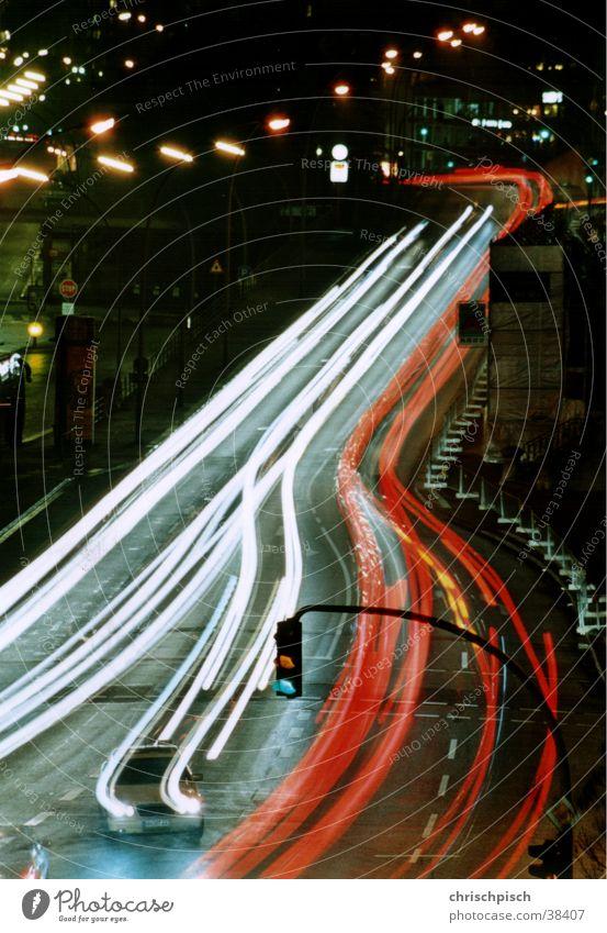 Feierabend grün Straße PKW Verkehr Ampel Mischung