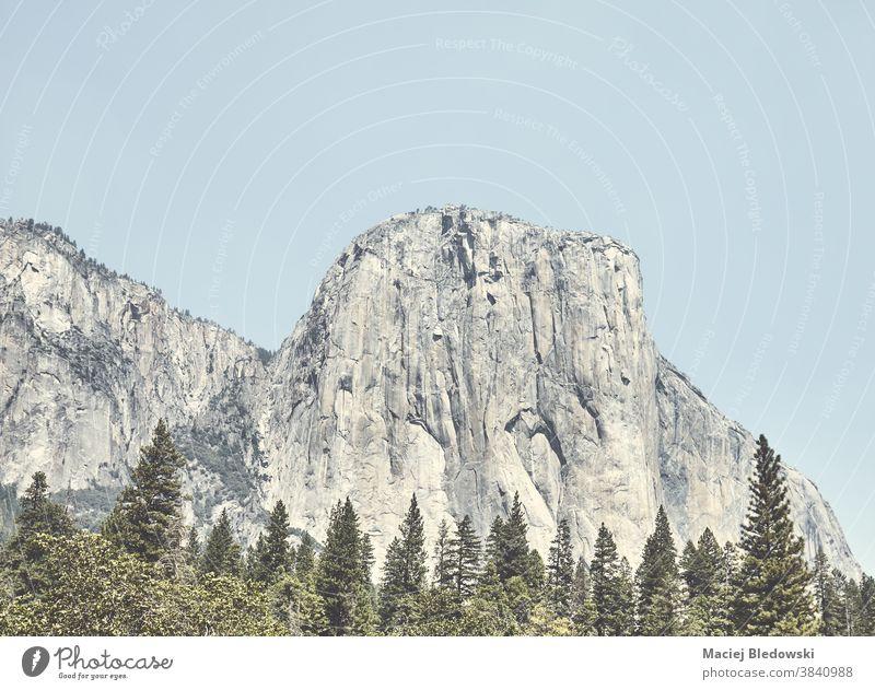 Felsformation El Capitan im Yosemite-Nationalpark, Kalifornien, USA. yosemite Klettern Felsen Park el capitan Natur Berge u. Gebirge amerika retro altehrwürdig