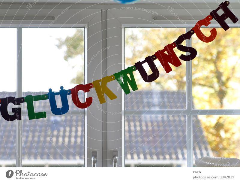 HAPPY BIRTHDAY PHOTOCASE - Glückwunsch zur 19 Herzlichen Glückwunsch Geburtstag Glückwünsche Jubiläum Feier Feiern Party Kindergeburtstag Fenster Buchstaben
