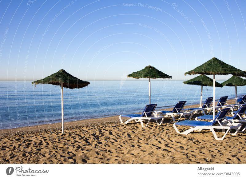 Strand und Meer in Marbella, Costa del Sol, Spanien costa Entf Andalusia Andalusien sandig Küste Küstenlinie Meeresufer MEER mediterran Seeküste Küstenstreifen
