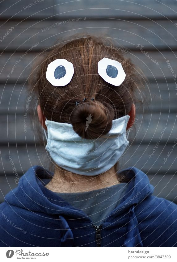 Knollennase mit Maske Corona Mundschutz Schutz Coronavirus Infektionsgefahr Krankheit Corona-Virus Gesundheit Ansteckend Schützen COVID Prävention