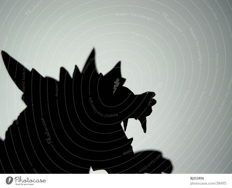 Drachen Kopf #1 Dekoration & Verzierung Kitsch Krimskrams Sammlerstück Holz bedrohlich dunkel hell Statue Holzfigur Holzstatue Monster Japan China Asien böse