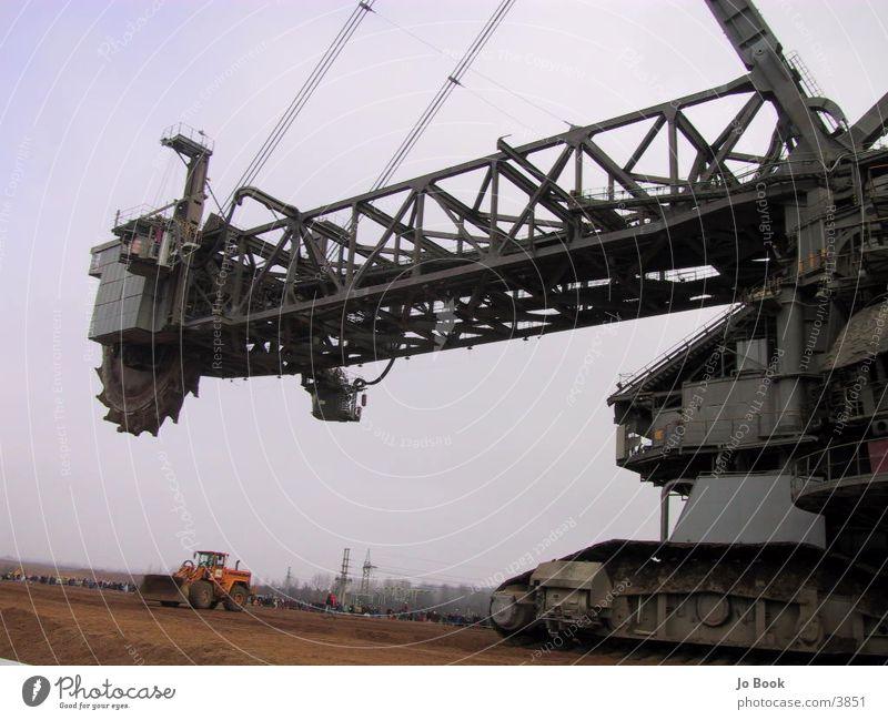 Größter Schaufelradbagger der Welt Bagger Braunkohlenbagger groß Elektrisches Gerät Technik & Technologie
