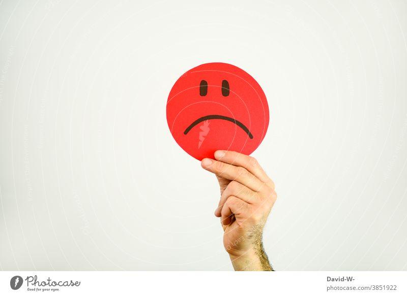 trauriger smiley Smiley gesicht wütend böse emotionen Gesicht Mimik zeichnung rot