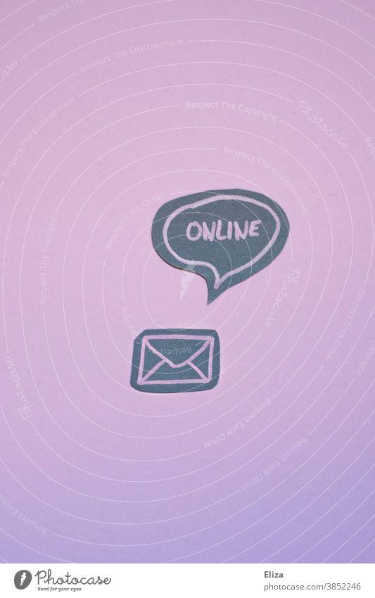 Briefumschlag mit Sprechblase in der Online steht. Post E-Mail Digitalisierung Newsletter online digital modern Kommunikation Nachricht Internet lila