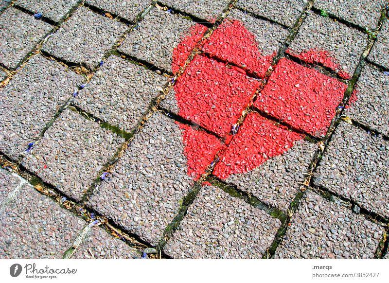 Liebe Herz herzförmig Valentinstag Symbole & Metaphern rot Verliebtheit Muttertag Gefühle Romantik Liebeserklärung Pflastersteine Graffiti