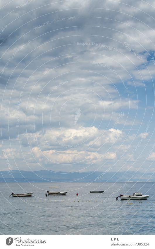 Boote in Adria Himmel Ferien & Urlaub & Reisen Wasser Meer Erholung Landschaft Wolken Strand Ferne Sport hell Luft Wellen authentisch Tourismus Lifestyle