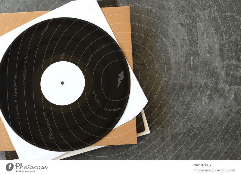 White Label-Vinyl-Schallplatten mit Musikhintergrund weiß kennzeichnen Aufzeichnungen Hintergrund Kopierbereich generisch Hülse innere außen umfasst Audio