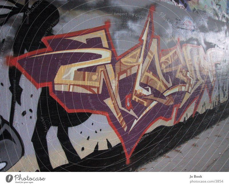 Graffiti Perspektive Stil orange Schriftzeichen Fototechnik