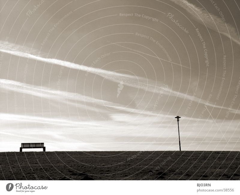 Meer sehn #6 - Banknachbar ruhig Erholung Lampe Deich Dämmerung Wolken See Strand Abend Himmel