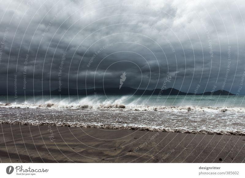 Extase Ferien & Urlaub & Reisen Abenteuer Sommerurlaub Strand Urelemente Himmel Wolken Gewitterwolken Klima Wetter Unwetter Wind Sturm Wellen Küste Meer