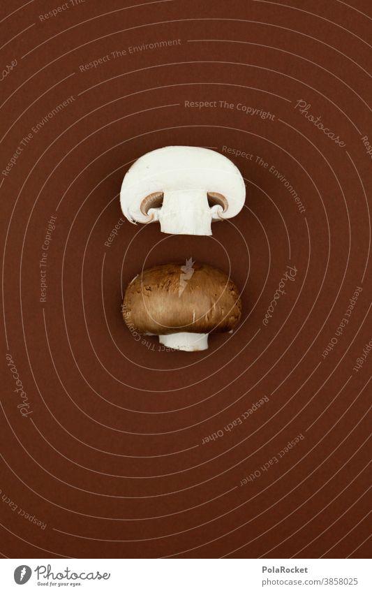 #A0# Pilzbraun Pilzsuche Champignon halbiert Hälfte Lebensmittel Vegetarische Ernährung