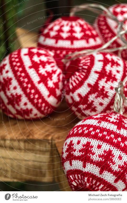 Detailaufnahme der Festtagsweihnachtsdekoration Dekoration & Verzierung Weihnachten Hintergrund festlich Feiertag Winter Ornament fröhlich Saison Stern Design