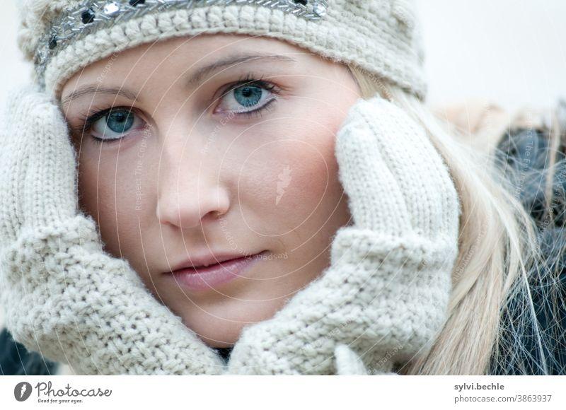 wunderschöne junge frau im winter, herbst, kalt, kälte II Frau Junge Frau beauty schönheit elegant stil mode modern Haare & Frisuren Mensch feminin Jugendliche