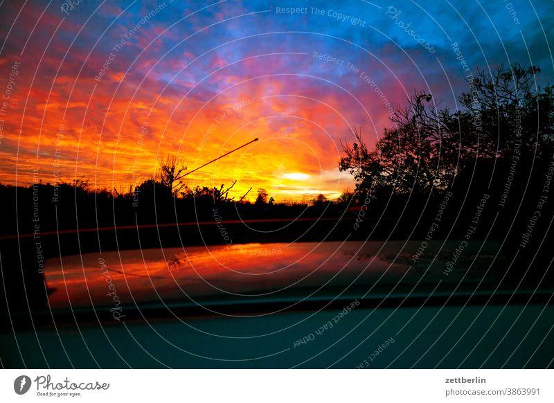 Ungefähr 7000 abend altocumulus drohend dunkel dämmerung düster farbspektrum feierabend froschperspektive gewitter haufenwolke himmel hintergrund klima