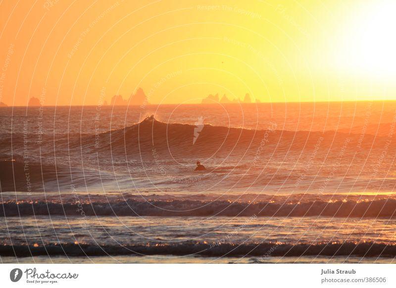 Esteiro2 Mensch Ferien & Urlaub & Reisen Farbe Wasser Sommer Sonne Erholung Meer ruhig Strand Ferne Erwachsene Wärme Freiheit Felsen maskulin