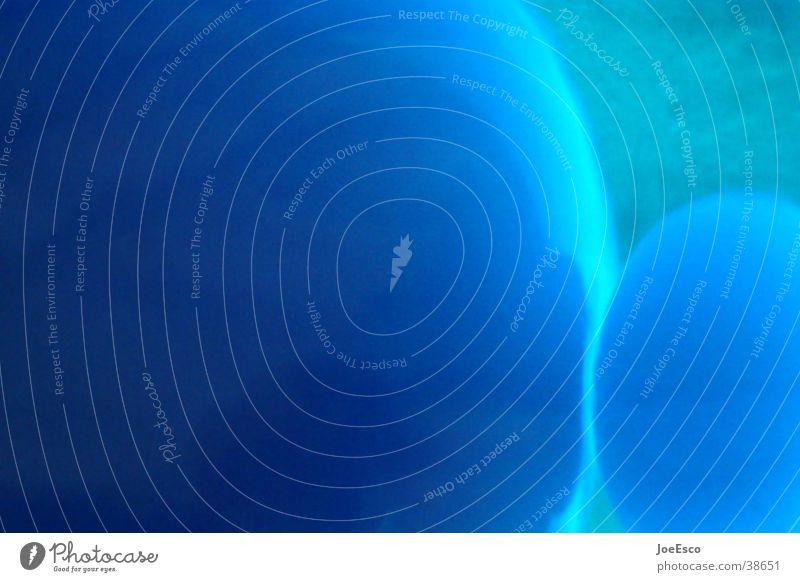 blue bubbles Ball Kugel blau Lava Dinge blasen Lavalampe Unschärfe Hintergrund neutral Detailaufnahme Menschenleer