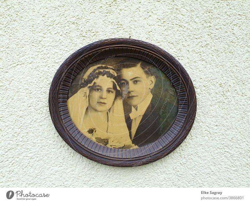 Hochzeitsfoto meiner Großeltern 1918 im original Rahmen altes Foto Hochzeitzfoto2018 Schwarzweißfoto Vergangenheit Erinnerung Familie & Verwandtschaft analog