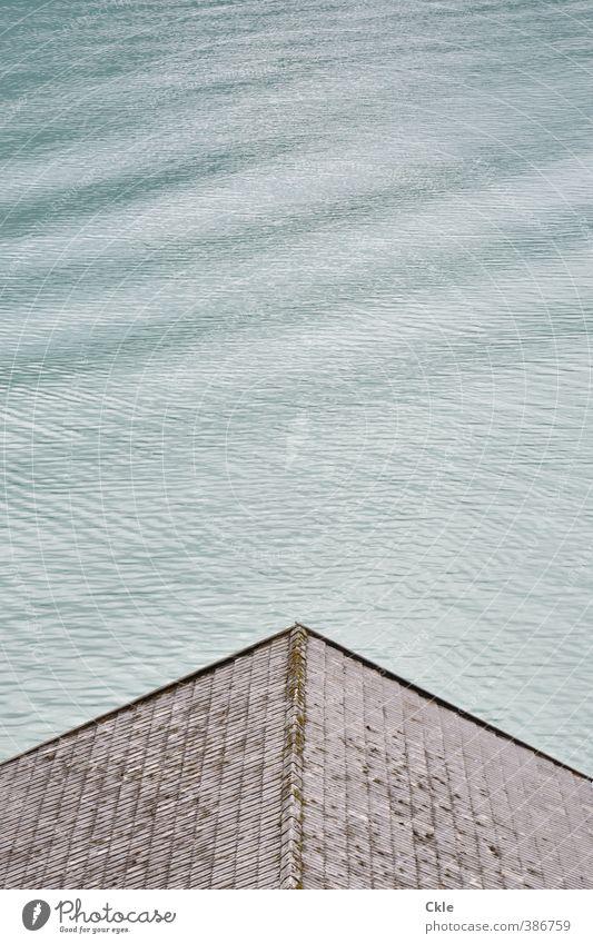 Asymmetrie Ferien & Urlaub & Reisen blau grün Wasser Erholung Ferne Umwelt Küste Freiheit See Linie Stimmung braun Wellen Zufriedenheit Dach