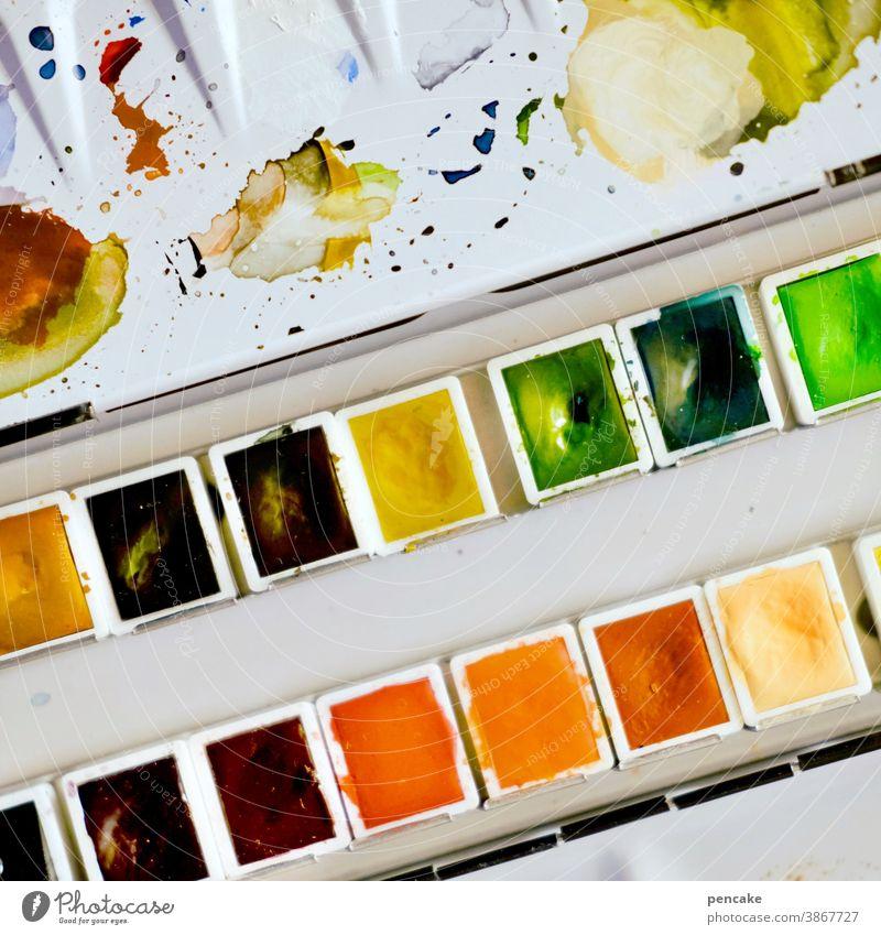 farbkombination | einmal mit allem Farben Farbkasten Aquarellfarben Malkasten mischen Kreativität Vielfalt bunt Pinsel Freizeit & Hobby Nahaufnahme malen