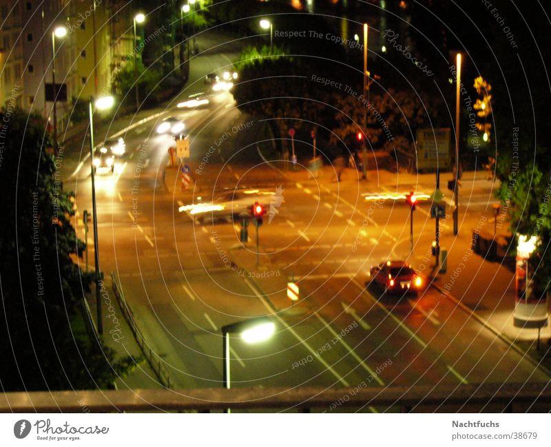 Nighttraffic Nacht Nachtfahrt Verkehr PKW Mischung Licht