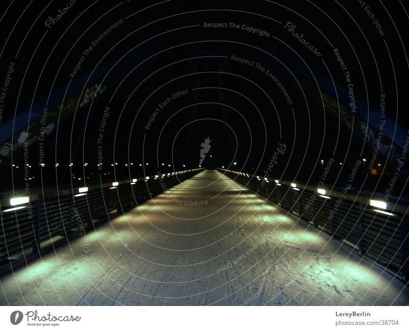 nachHause Berlin Brücke Laterne Prenzlauer Berg