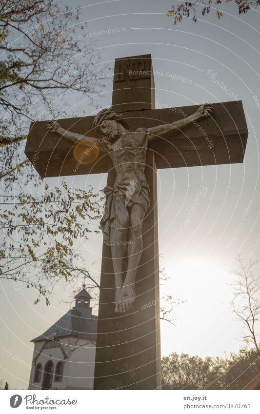 Jesus am Kreuz Jesus Christus jesus Symbole & Metaphern Religion & Glaube Christentum Christliches Kreuz Gott Hoffnung heilig Kruzifix Spiritualität Trauer